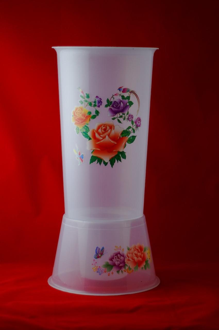 Vaza din plastic transparenta - Motiv cu flori